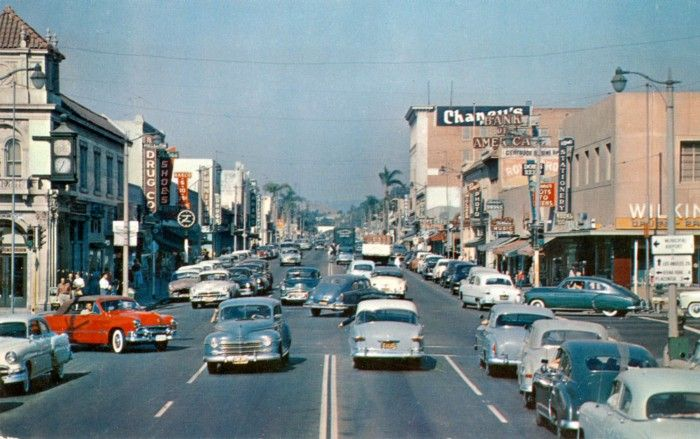 Fullerton, California, 1950's rush hour on the corner of Spadre Road (now Harbor Blvd) and Commonwealth Avenue