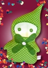 The Little Green Forest Goblin  http://fiaba.de/kuschelpuppchen-gnom-waldblume/