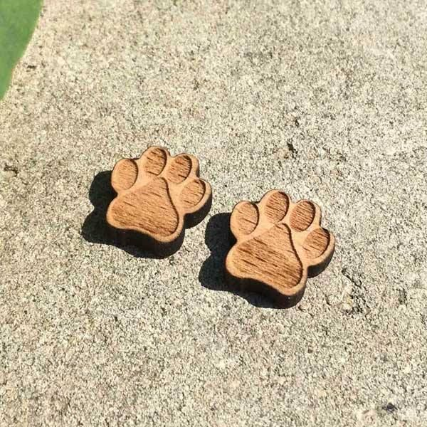 #wholetthedogsoutquite like the love of a dog, a loyal trusting companion.  We think dogs are the best at Fig & Wattle, so we are wagging our tails with excitement over these super cute wooden paw print stud earrings.  https://figandwattle.com.au/produ…/paw-print-wooden-earrings #figandwattle #lovedogs #barkingmad #wholetthedogsout