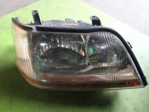 2000-Toyota-TA-JZS177-Crown-Majesta-right-headlight-KOITO-30-285-used-61278