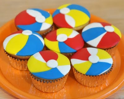 Beach ball cupcake topper tutorial