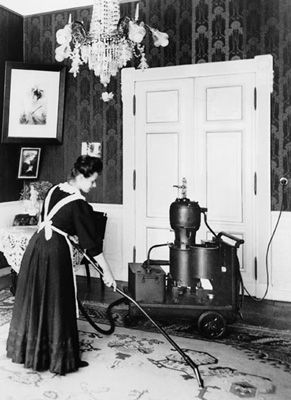 The world's first Vacuum Cleaner by Scottish inventor Hubert Cecil Booth,, bet he was popular!