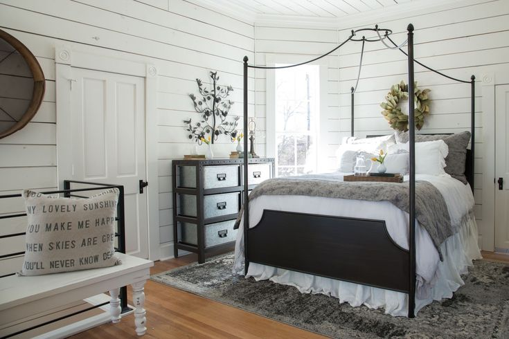 #Iron #canopy beds are so #romantic