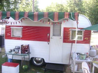 We had a similar trailer when I was a kid.... not as cute as this one!: Retro Trailers, Vintage Trailers, Trailers Vintagee Trail, Camps, Awning, Amy'S Vintage, Retro Campers, Vintage Campers, Amy Vintagetrail