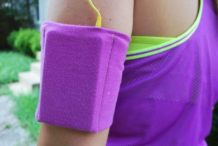 Mom !! DIY iPod holder for excercising !