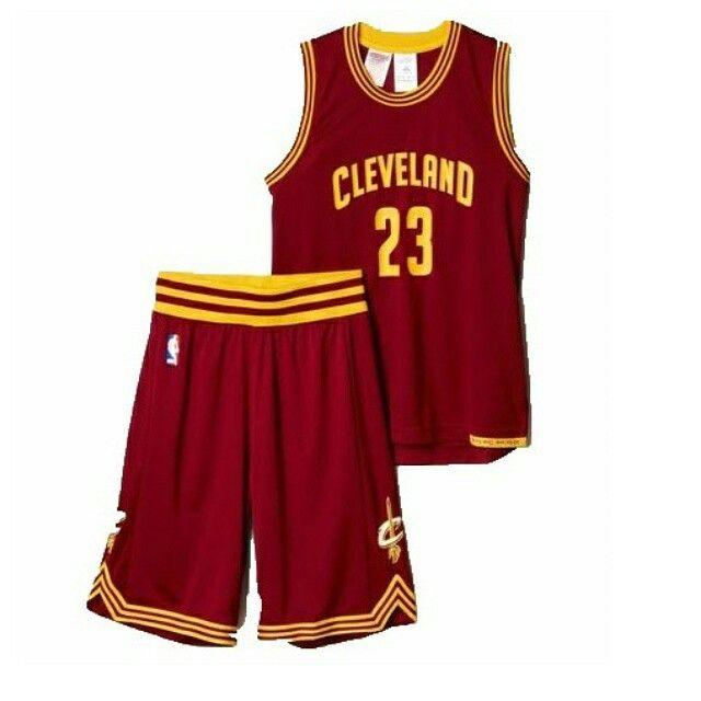Ensemble maillot et short Lebron James Cleveland Cavaliers disponible sur www.sportlandamerican.com  #lebronjames #cleveland #cavaliers #nba #maillotnba #james #adidasbasketball
