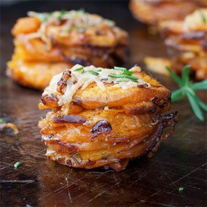 Rosemary Sweet Potato Stackers | Kim's Healthy Eats Tried this tonight - it was good!! Bacon grease subbed for the coconut oil next time?! :-)