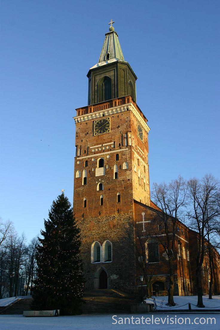 Catedral de Turku durante a Época de Natal na Finlândia