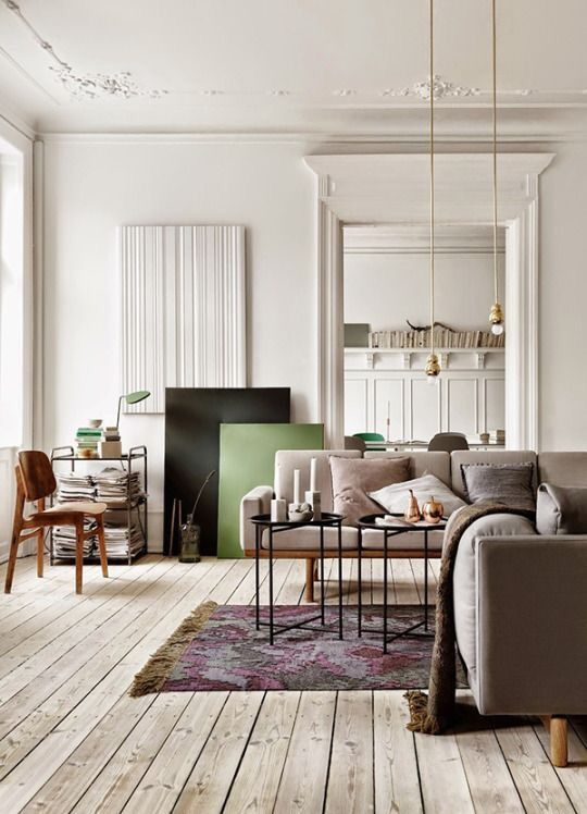 Living room in ivory, purple and green
