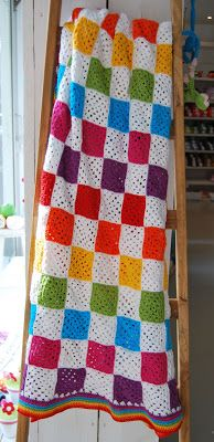 Made with love: Haken: Granny square regenboog deken