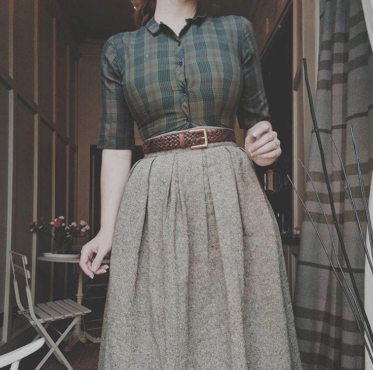 ✸This Old✸ falda gris y blusa de cuadros