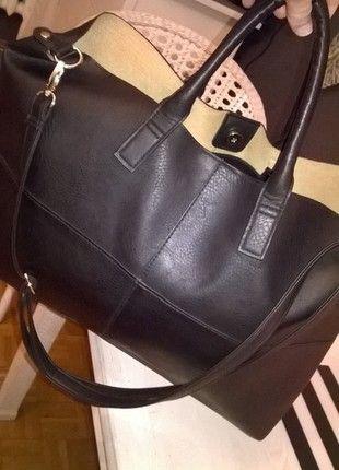 Kup mój przedmiot na #vintedpl http://www.vinted.pl/damskie-torby/torby-na-ramie/11711594-mega-torba-xxl-czarna-diverse