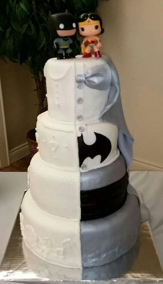 Batman/Wonder Woman wedding cake