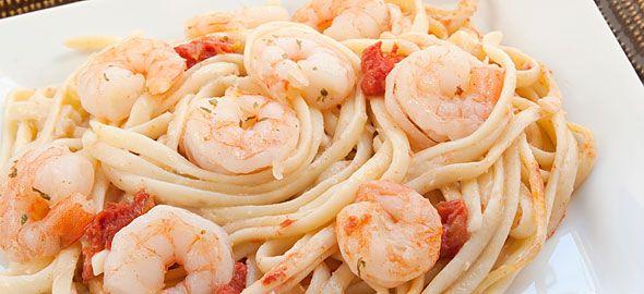 Συνταγές για γαρίδες στο τηγάνι, στην κατσαρόλα και στο φούρνο