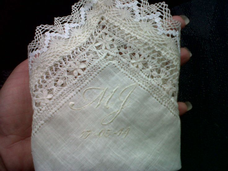 pañuelo con iniciales para arras