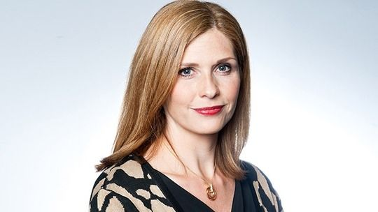 Bernice Blackstock is played by Samantha Giles