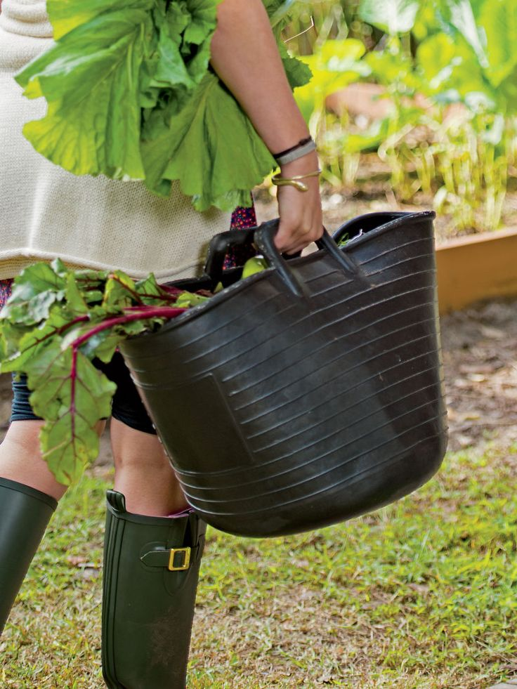 Garden Trug   Heavy Duty 100% Recycled Rubber Trug 8.7 Gal   Trug Tub