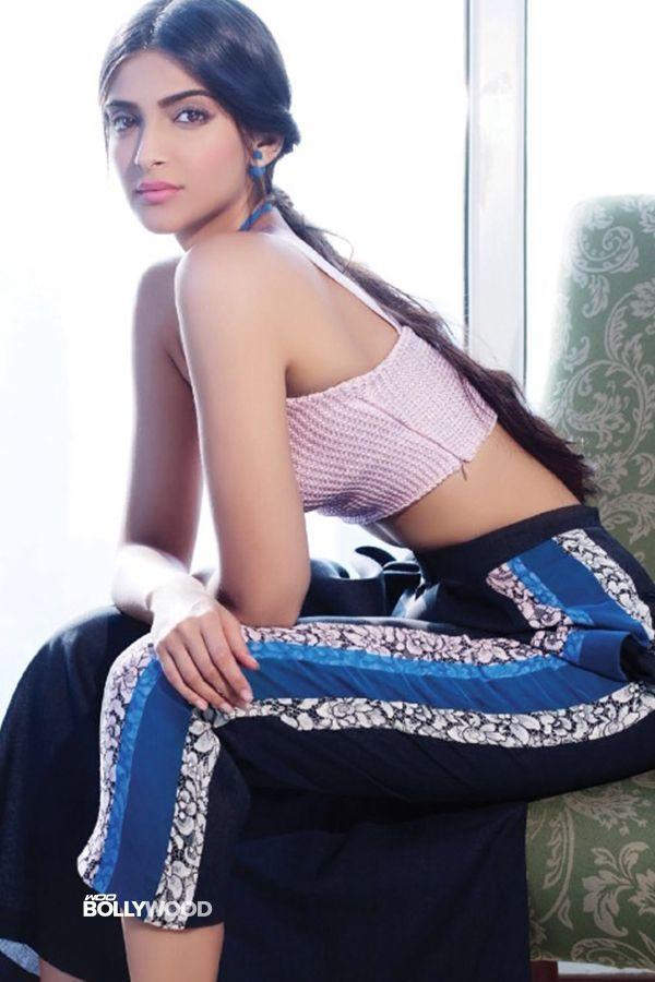 Beautiful Bollywood actress Sonam Kapoor