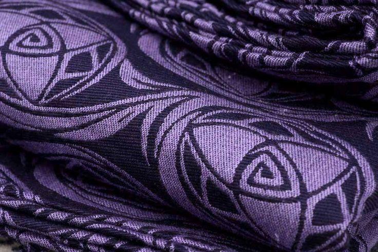 Aum Eleri / 45% Egyptian cotton 17% bamboo 17% tussah silk, 21% merino wool / 2014