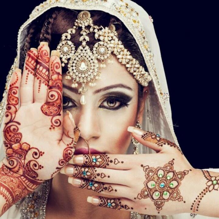 Mehndi Photography Poses : Best wedding mehndi poses images on pinterest