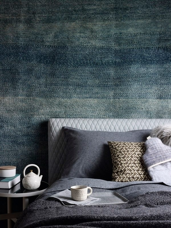 This denim wall gives a washed effect although it does look quite dark and gives a dim effect.