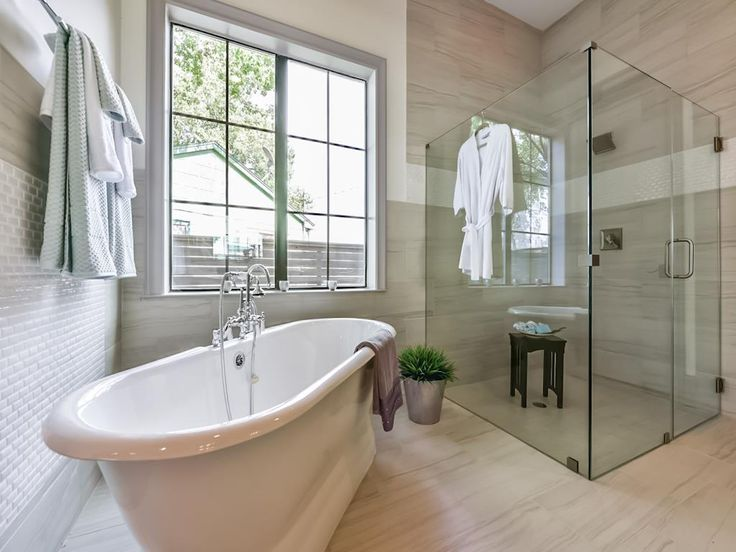 17 best ideas about stand alone tub on pinterest bathtubs bath tubs and master bathrooms - Amazing classic luxury bathroom inspirations tranquil retreat ...