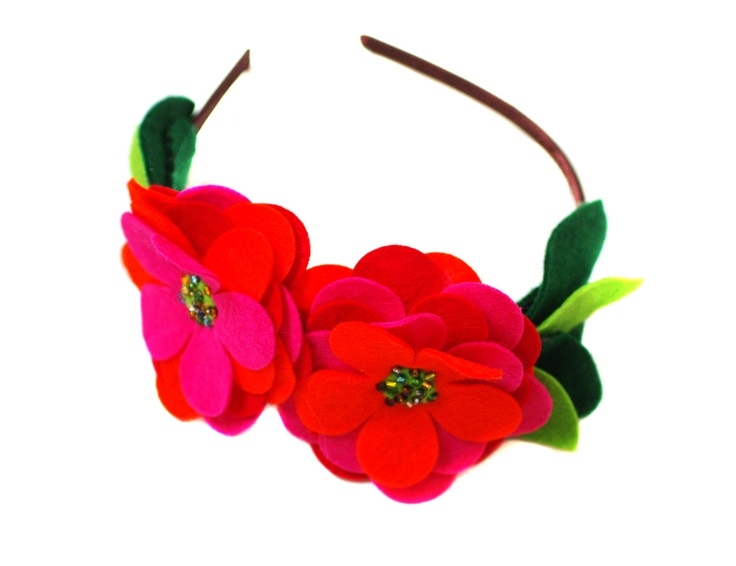 Headband inspired by Frida Kahlo: Orange Red, Pink Orange, Kahlo Pink, Fascinating Hair, Hair Accessories, Craft Ideas, Frida Kahlo