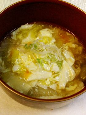 ★★ 白菜とゆばの中華風スープ +豆腐で。湯葉ってそんなに食べることないけど久々に食べてみて、もっと食べてもいいかな~って思った。鍋とかに入れても良いんじゃないかなぁ。圧力鍋で作ったから白菜トロットロで美味しかったですよん。