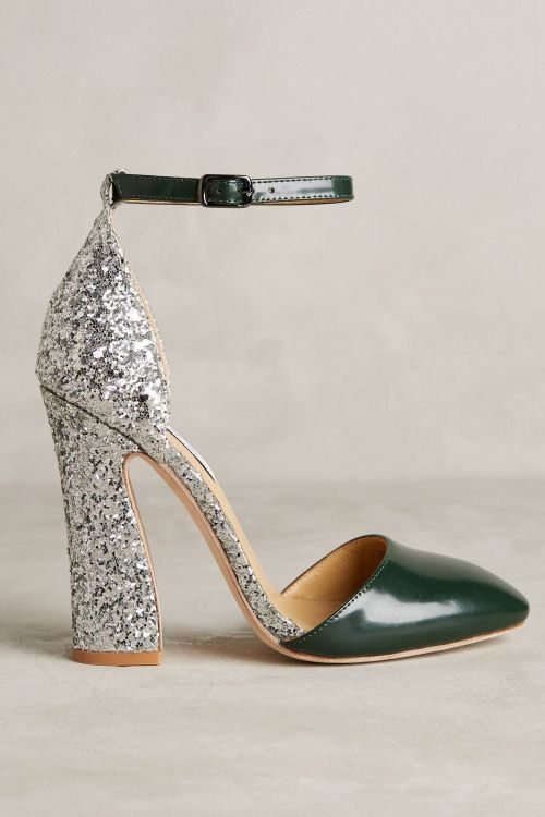 If you are still into glitter - Vanessa Tao. Check our glittery DIY here: http://www.heelsrus.nl/diy-glitter-hakken-en-ombre-hakken-zelf-maken/