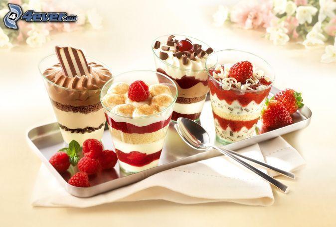 cibo laziale   colazione , yogurt , cioccolato , Lamponi , fragole