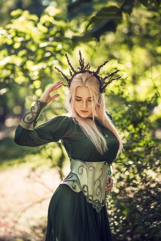 Elf Cosplay Girl Dress Gown Medieval Beautiful