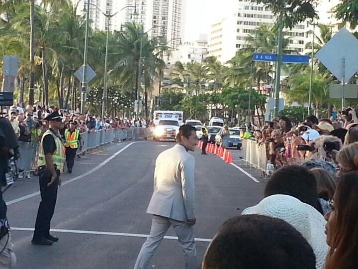 Crowds line the street for Daniel dae Kim at the Hawaii Five o h50 premiere in Waikiki. 9-23-12