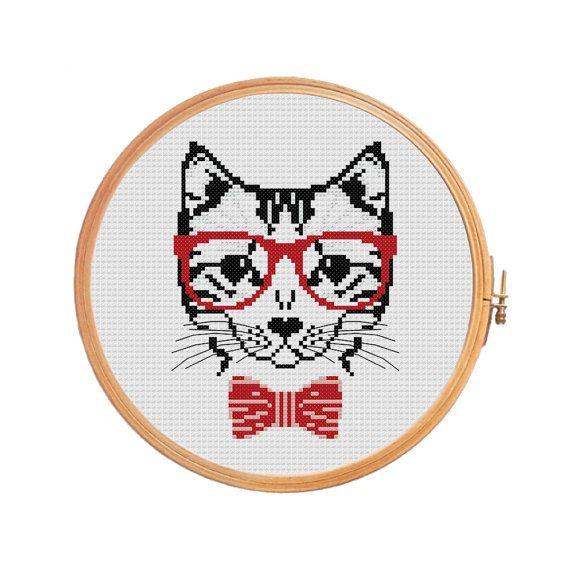 Hipster Cat - Cross stitch pattern.    Floss: DMC  Canvas: Aida 14  Grid Size: 59W x 78H  Design Area: 4,21 x 5,43 (59 x 76 stitches)