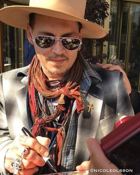 Новости Johnny Depp Tim Burton news May 2016