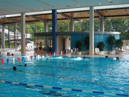 Freizeit in München Hallenbäder Michaeli Hallenbad Schwimmbecken