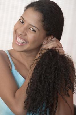 How to Prevent Dandruff in Black Hair