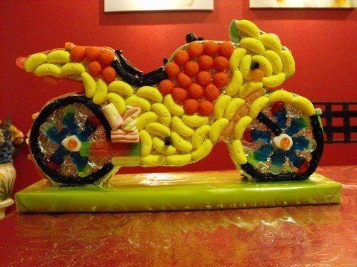 moto glups - source Le Monde des bonbons