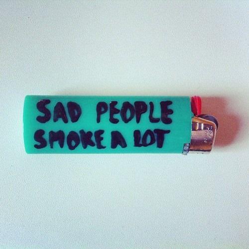 Ich rauche nicht viel, aber ich rauche, weil es meine Depression lindert. Oder vielleicht ist es nur eine weitere verdammte Ausrede.