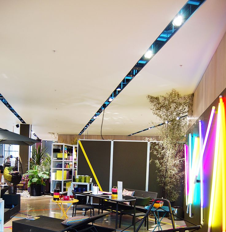 KENO back-lit profile by Optelma, Recessed with integrated downlights. #LightingDesign #Lighting #Retail #Architecture #InteriorDesign #LED #Suspended #Backlit