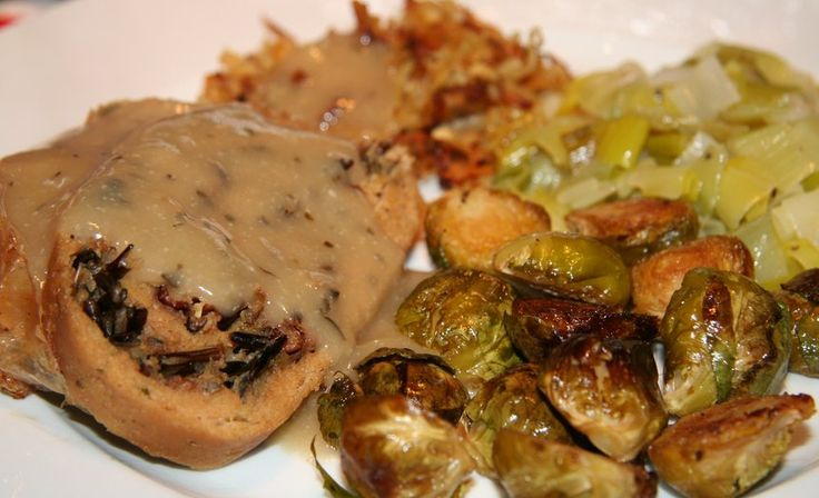 Vegan turkey roulade with wild rice stuffing - based on Bryanna's recipe
