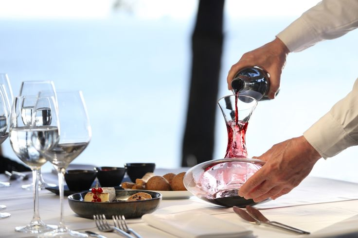 Excellent wine, succulent seafood and magnificent view. What