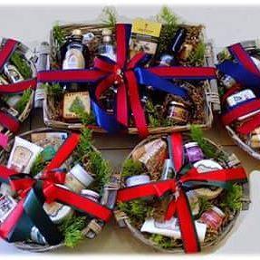Oh Christmas gift, Oh Christmas gift.... #christmas #christmasgift #greekchristmas #giftbaskets #gifts #gift #giftideas #giftset #giftbox #corporategifts #businessgifts #businessgift #greekbees