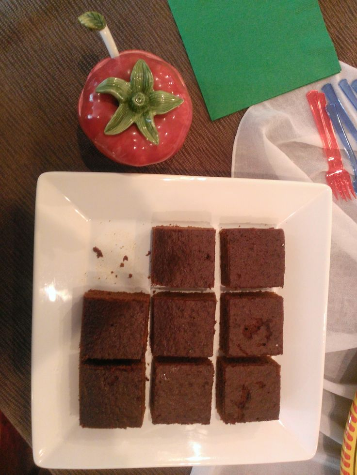 Generosi-Tea (d) - Scruptious brownies by Essential Confections.