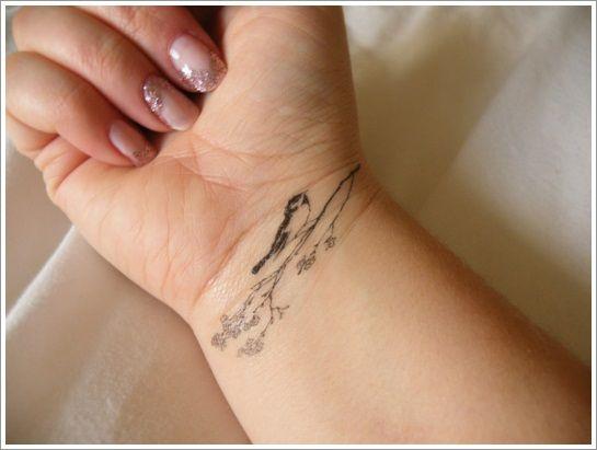 40 Spectacular Wrist Tattoo Designs