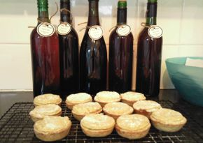 Sloe wine recipe! Good way to use up those sloes in my freezer...