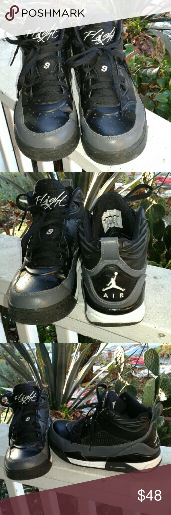 NIKE AIR JORDAN FLIGHT 9 BLACK/GRAY/WHITE YOUTH Size 6.5 youth, ♡♡♡GREAT PRE-LOVED CONDITION NIKE Shoes Sneakers