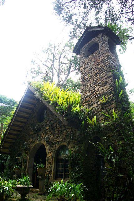 The chapel of Selva Negra in Matagalpa / Nicaragua (by Daniel Fajardo Valenti).