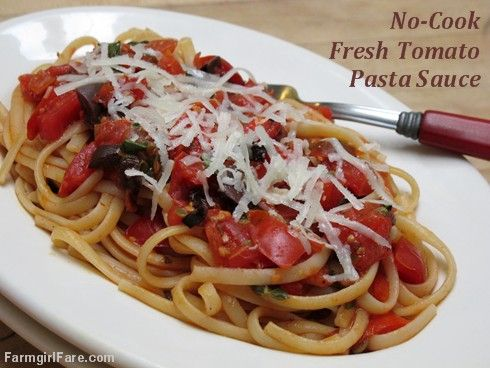 Escape to the Italian countryside! Delightfully simple yet totally scrumptious No-Cook Fresh Tomato Pasta Sauce with Basil, Capers, and Kalamata Olives — from Farmgirl Fare