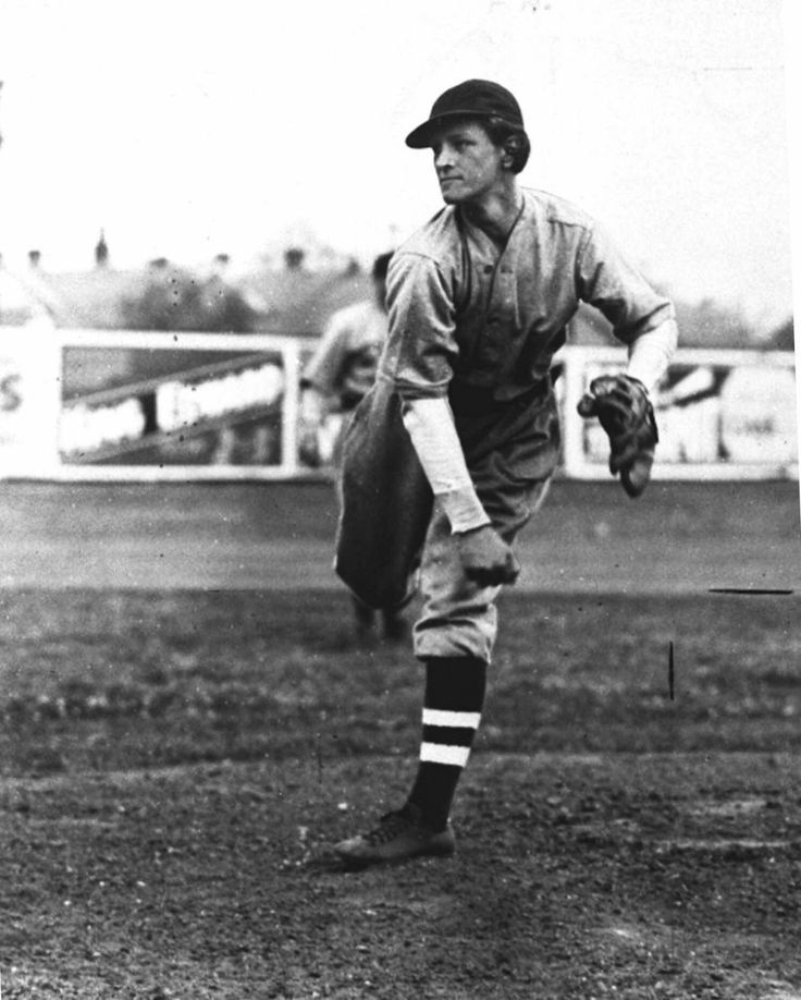 March 20,1934 - All-around female athlete Mildred Babe Didrickson pitches the first inning for the Philadelphia Athletics in a spring training exhibition game against the Brooklyn Dodgers. She gives up one walk but no hits. Two days later she pitches again, this time one inning for the St. Louis Cardinals against the Red Sox. She is less successful this time, giving up four hits and three runs.