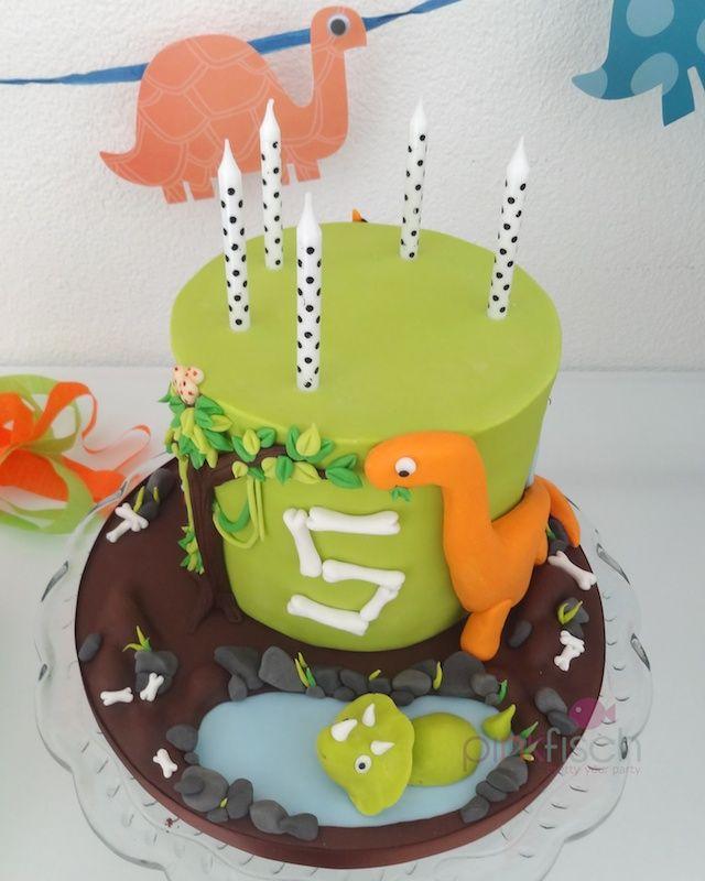 Die besten 17 ideen zu dinosaurier geburtstags kuchen auf - Kuchen ideen geburtstag ...